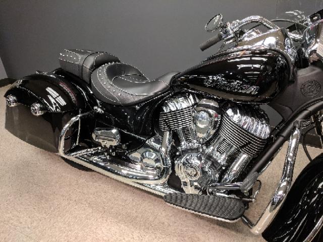 2018 Indian Springfield Base at Sloan's Motorcycle, Murfreesboro, TN, 37129