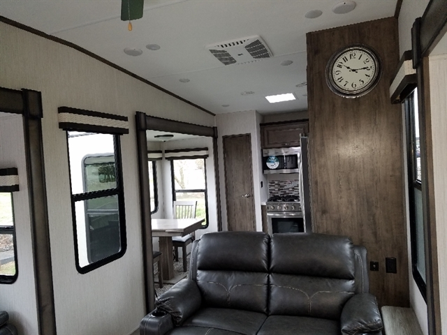 2020 Forest River Sandpiper 39BARK at Youngblood RV & Powersports Springfield Missouri - Ozark MO