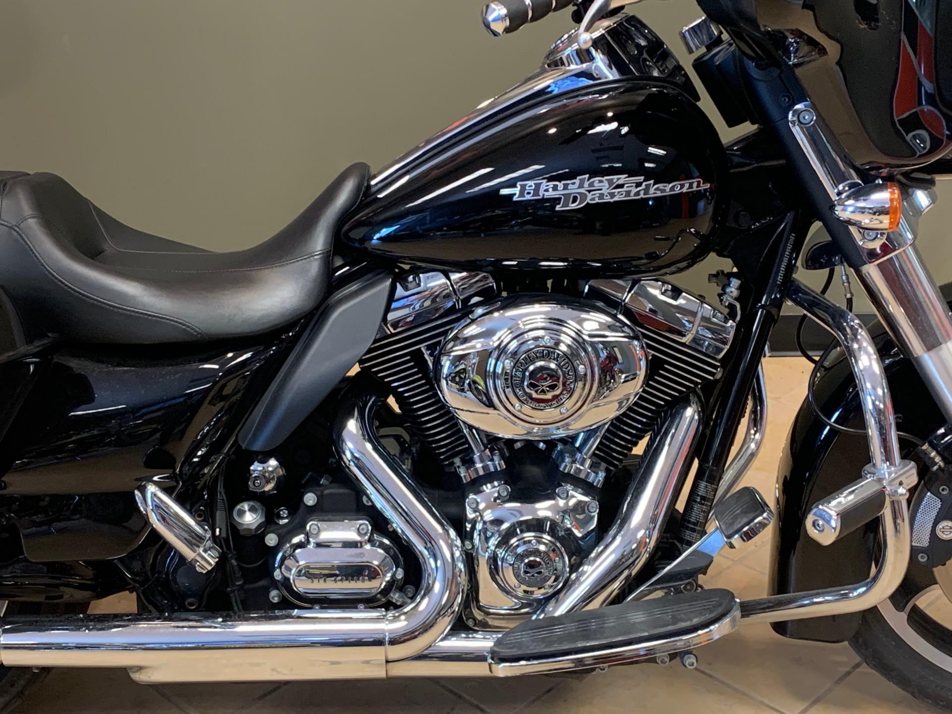 2011 Harley-Davidson Street Glide Base at Loess Hills Harley-Davidson