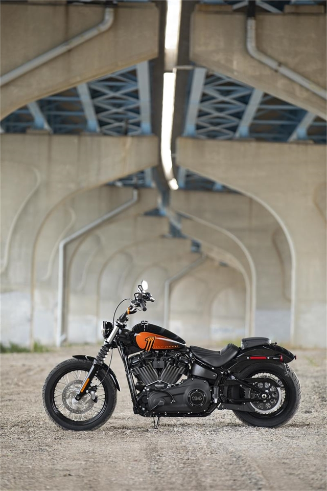2021 Harley-Davidson Cruiser Street Bob 114 at Visalia Harley-Davidson