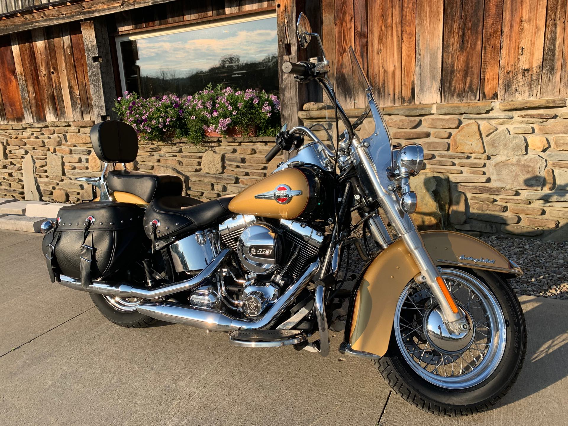 2017 Harley-Davidson Softail Heritage Softail Classic at Arkport Cycles