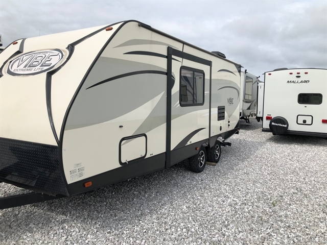2016 Forest River Vibe 221RBS at Youngblood RV & Powersports Springfield Missouri - Ozark MO