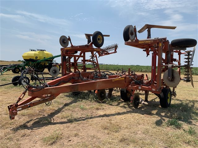 2021 Sunflower 3671-35 at Keating Tractor