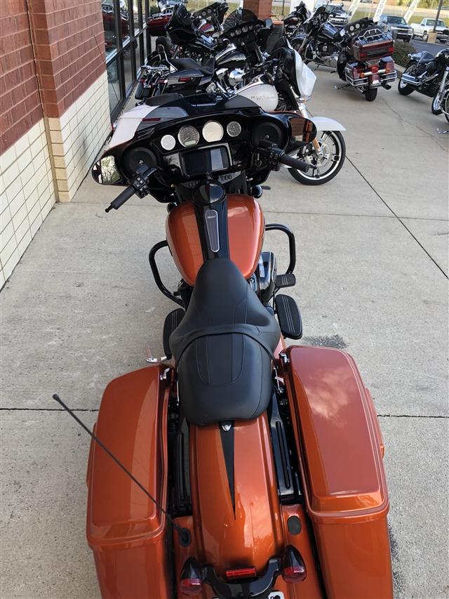 2019 Harley-Davidson Street Glide Special at Harley-Davidson of Fort Wayne, Fort Wayne, IN 46804