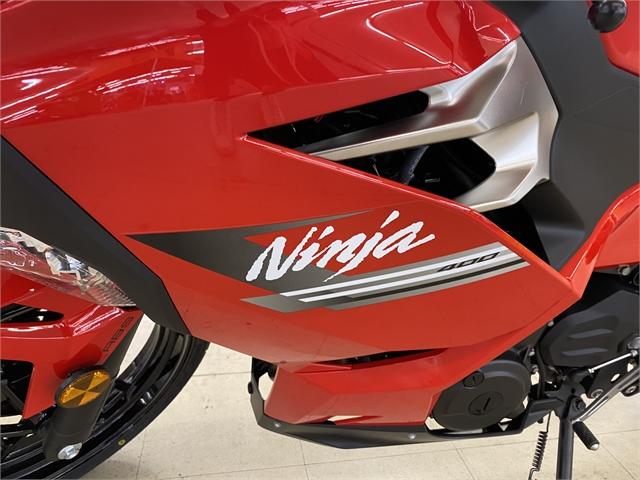 2021 Kawasaki Ninja 400 ABS at Columbia Powersports Supercenter