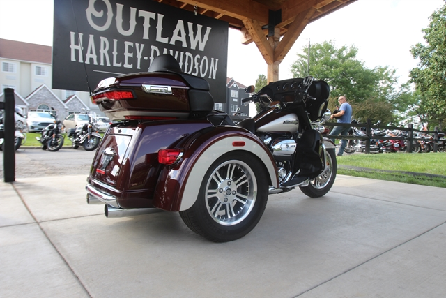 2018 Harley-Davidson Trike Tri Glide Ultra at Outlaw Harley-Davidson