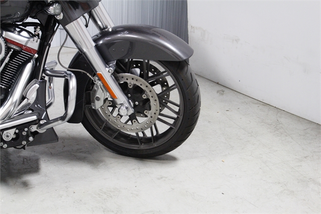 2020 Harley-Davidson CVO CVO Street Glide at Suburban Motors Harley-Davidson