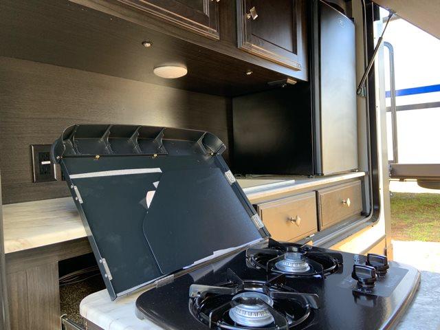 2019 Venture SportTrek Touring Edition 333VFL Front Living at Campers RV Center, Shreveport, LA 71129