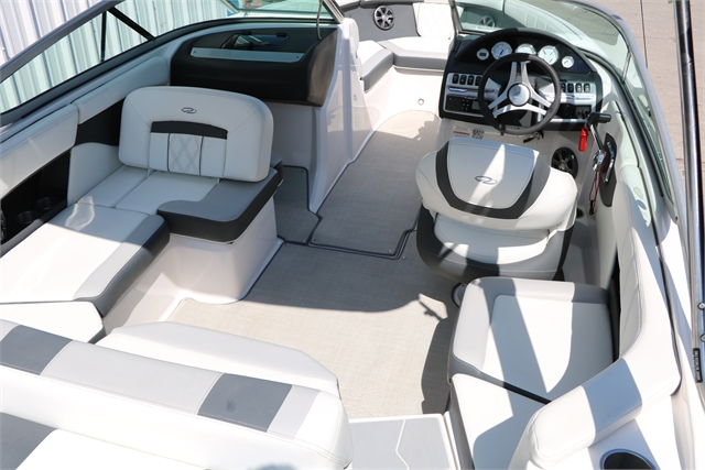 2020 Regal 2000 ES at Jerry Whittle Boats