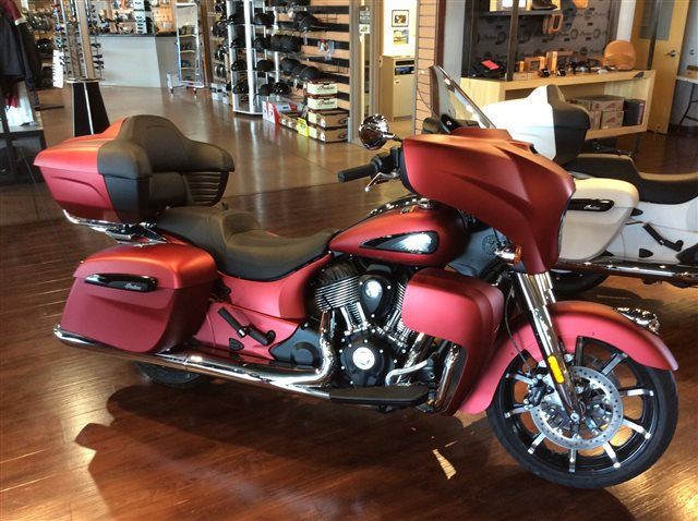 2020 Indian Roadmaster Dark Horse at Indian Motorcycle of Northern Kentucky