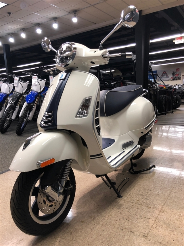 2019 Vespa GTS 300 Yacht Club at Sloans Motorcycle ATV, Murfreesboro, TN, 37129