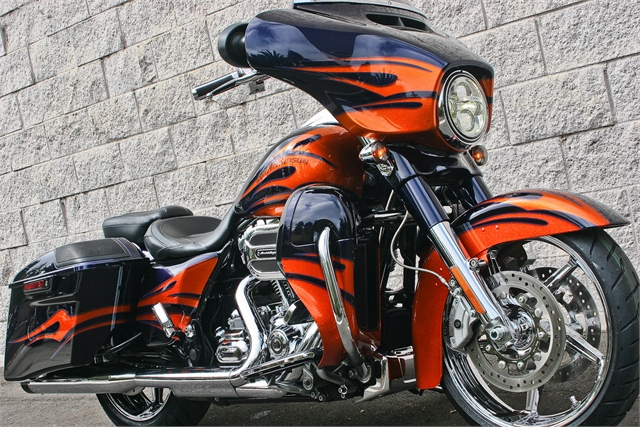 2015 Harley-Davidson Street Glide CVO Street Glide at Ventura Harley-Davidson
