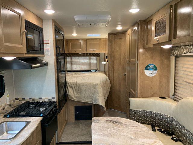 2019 Coachmen Leprechaun 210QB at Campers RV Center, Shreveport, LA 71129