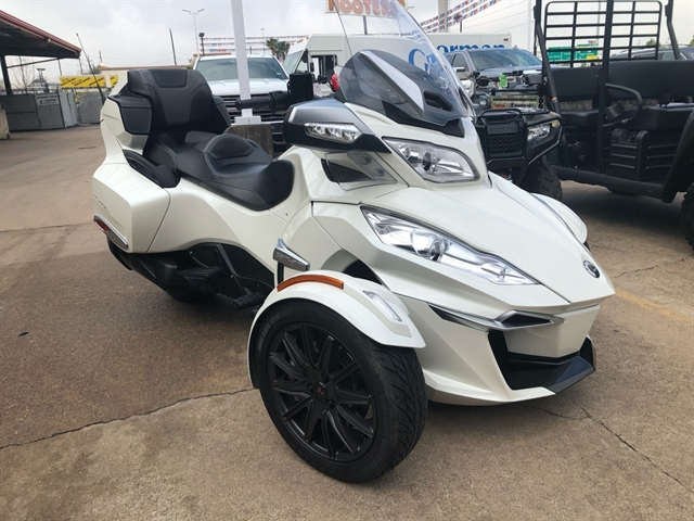 2016 Can-Am Spyder RT Base at Wild West Motoplex