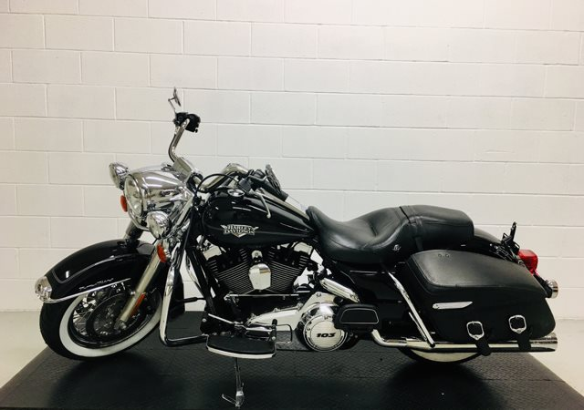 2013 Harley-Davidson Road King Classic at Destination Harley-Davidson®, Silverdale, WA 98383