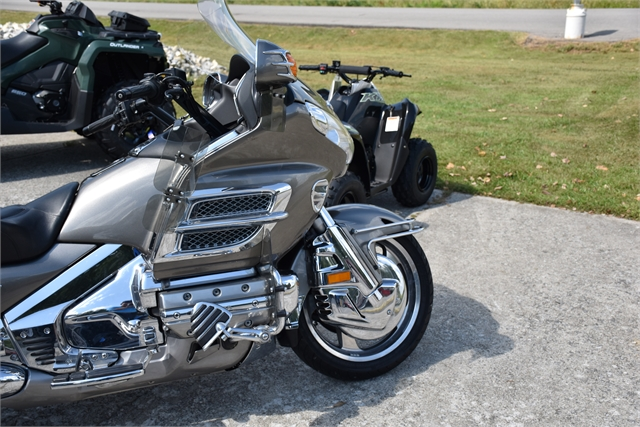 2006 Honda Gold Wing Audio / Comfort at Thornton's Motorcycle - Versailles, IN