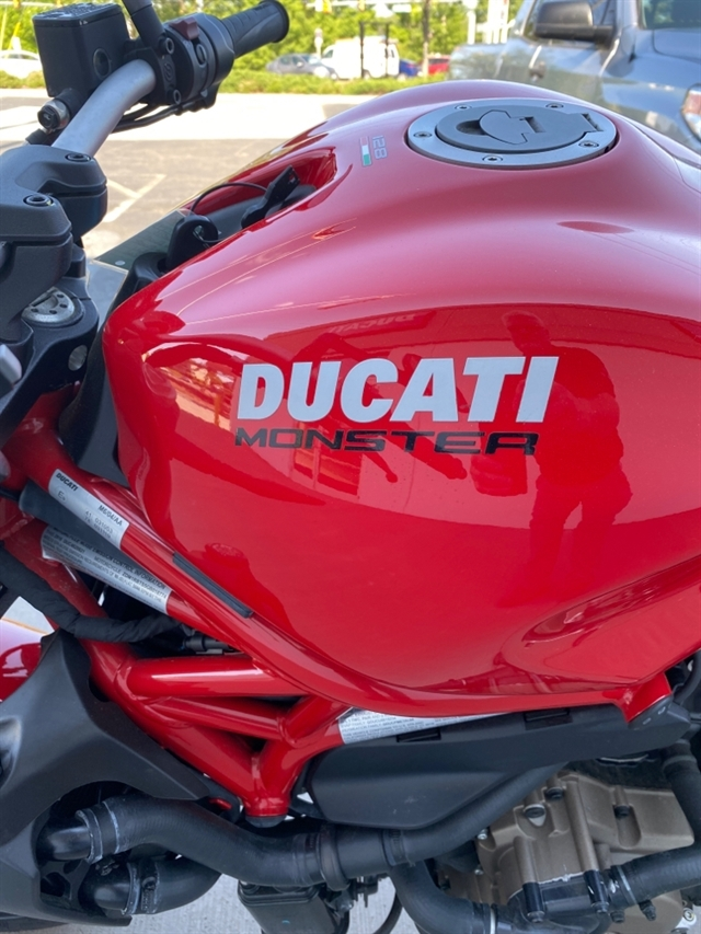 2016 Ducati Monster 821 at Frontline Eurosports