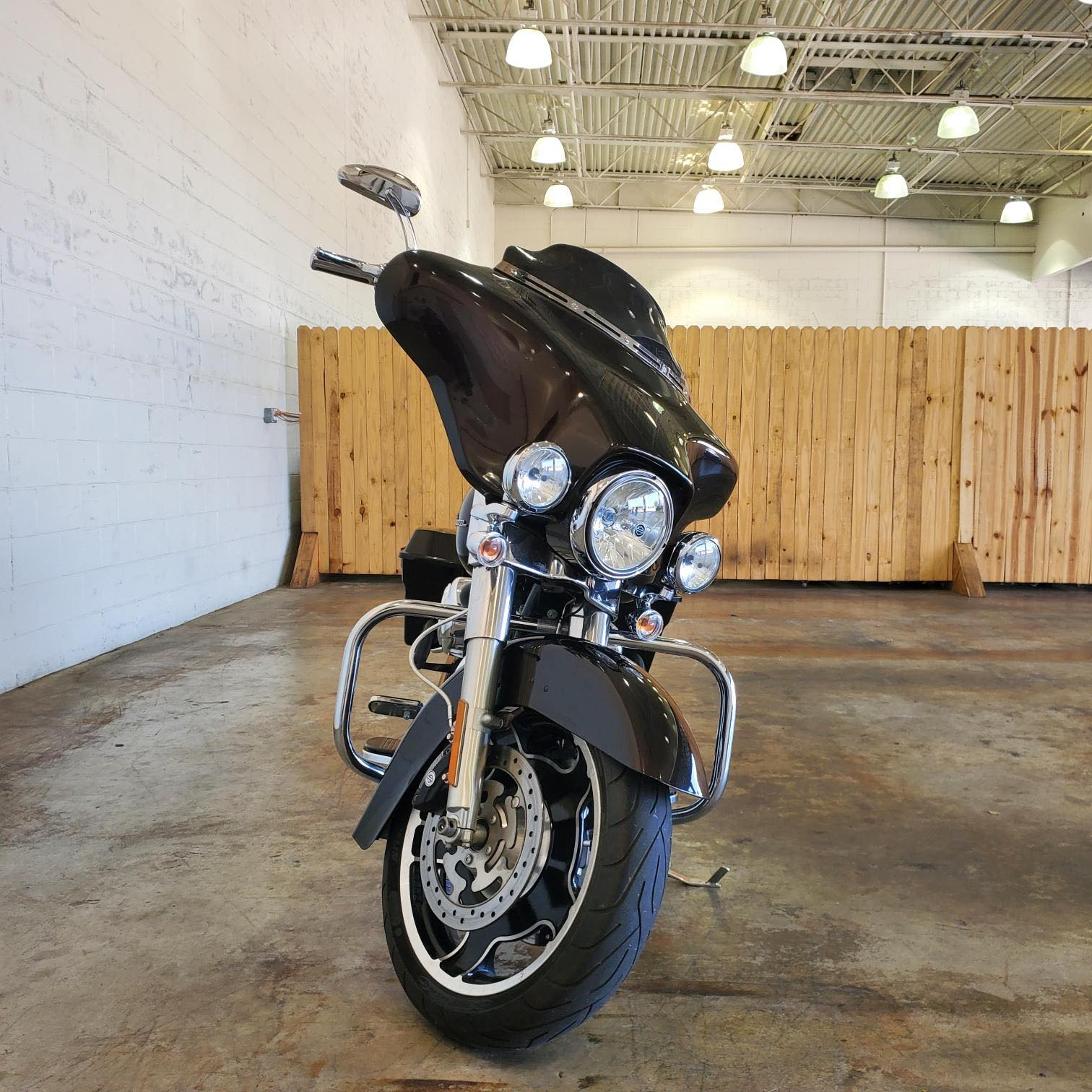 2011 Harley-Davidson Street Glide Base at Twisted Cycles