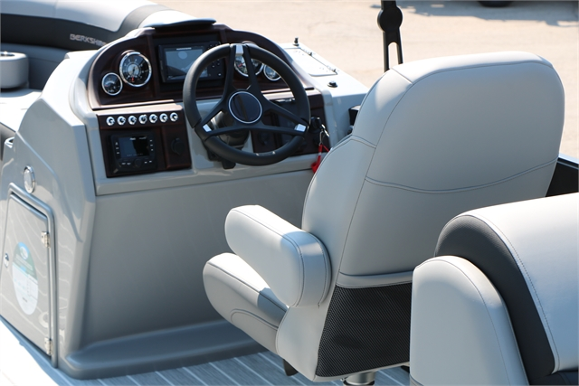 2022 Berkshire Pontoons STS Cruise Series 23RFX ARCH at Jerry Whittle Boats