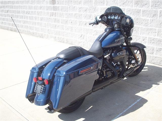 2019 Harley-Davidson Street Glide® Special at Indianapolis Southside Harley-Davidson®, Indianapolis, IN 46237