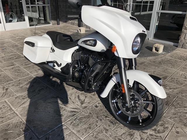 2019 Indian Chieftain Dark Horse White Smoke at Lynnwood Motoplex, Lynnwood, WA 98037