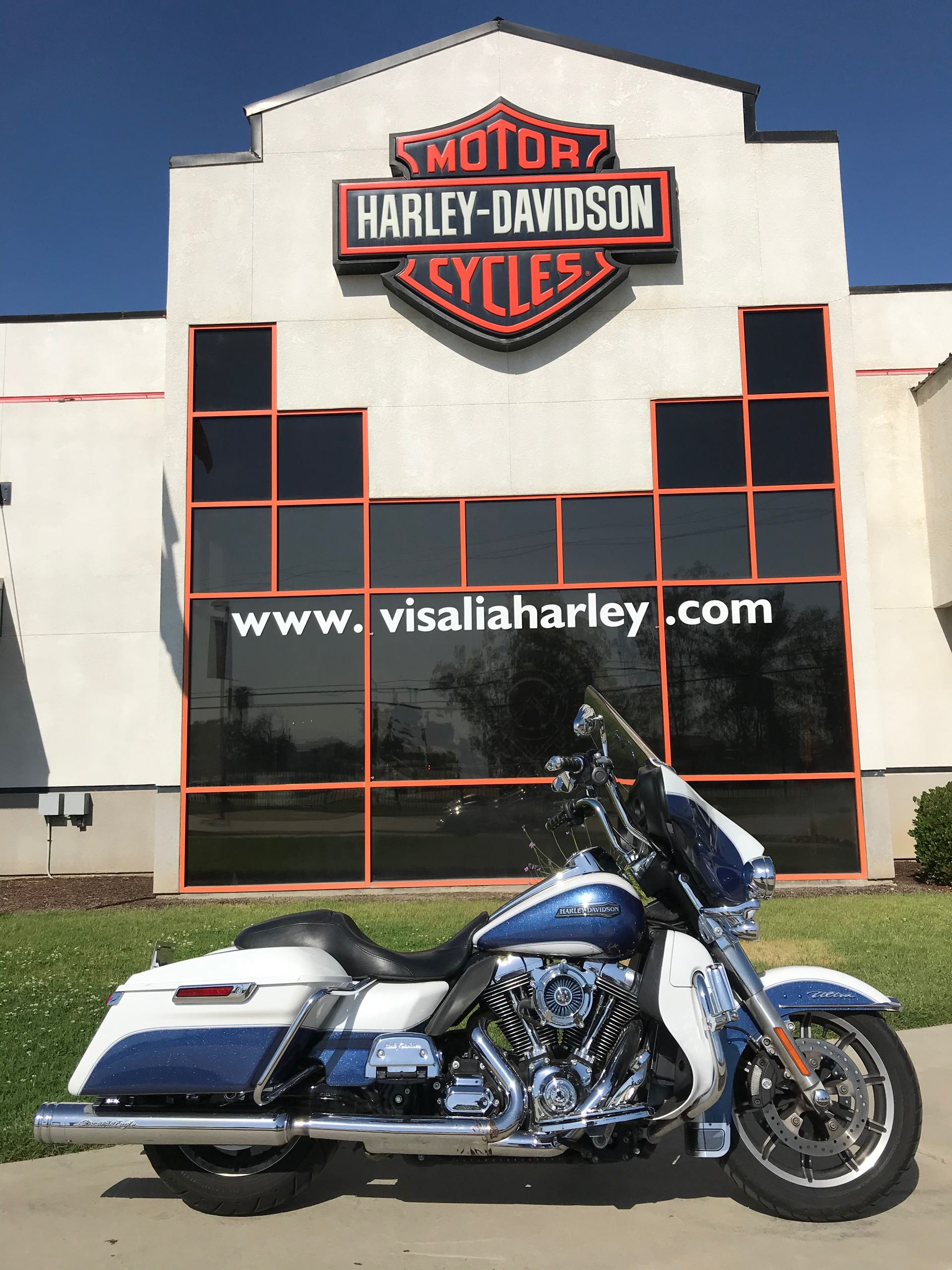 2015 Harley-Davidson Electra Glide Ultra Classic Low at Visalia Harley-Davidson