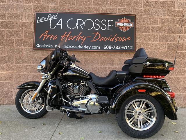 2020 Harley-Davidson Trike Tri Glide Ultra at La Crosse Area Harley-Davidson, Onalaska, WI 54650