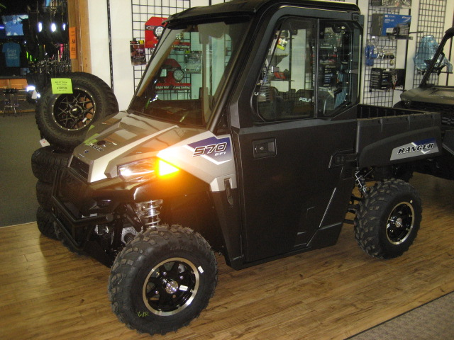 2020 Polaris Ranger 570 EPS-Silver Pearl w/cab at Fort Fremont Marine