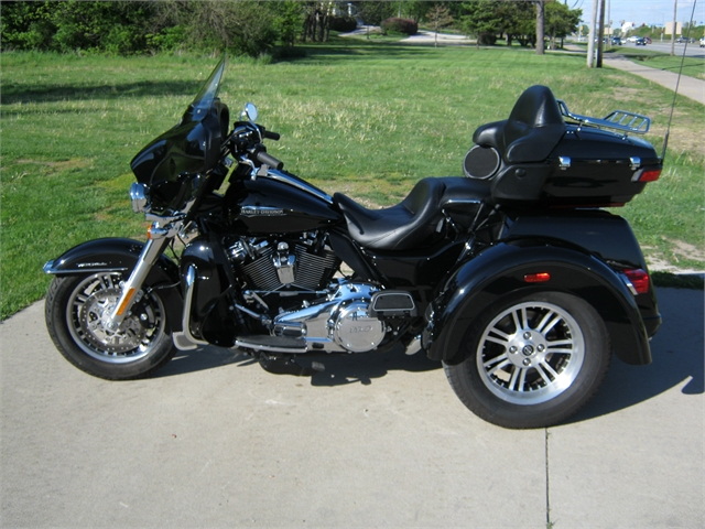2020 Harley-Davidson Tri-Glide at Brenny's Motorcycle Clinic, Bettendorf, IA 52722