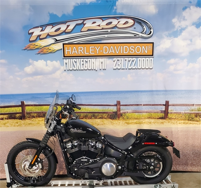 2018 Harley-Davidson Softail Street Bob at Hot Rod Harley-Davidson