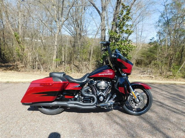 2017 Harley-Davidson FLHXSE - CVO? Street Glide? at Bumpus H-D of Collierville
