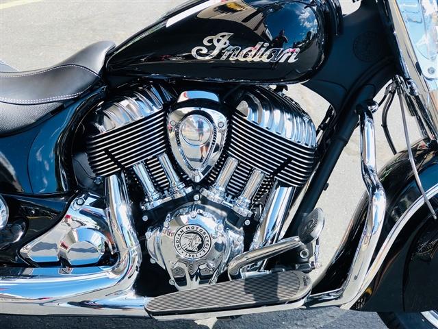 2018 Indian Springfield THUNDER BLACK at Lynnwood Motoplex, Lynnwood, WA 98037