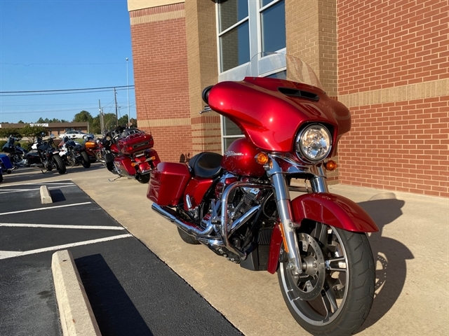 2018 Harley-Davidson FLHX at Harley-Davidson of Macon