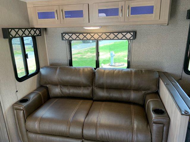 2020 Coachmen Freedom Express Deep Slide 287BHDS at Campers RV Center, Shreveport, LA 71129