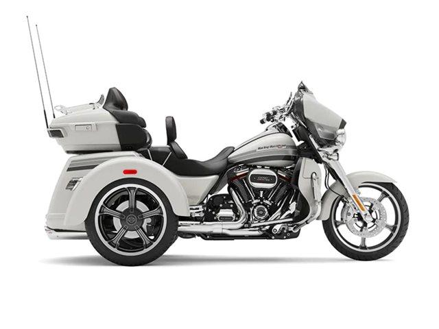 2020 Harley-Davidson FLHTCUTGSE - CVO  Tri Glide at Roughneck Harley-Davidson