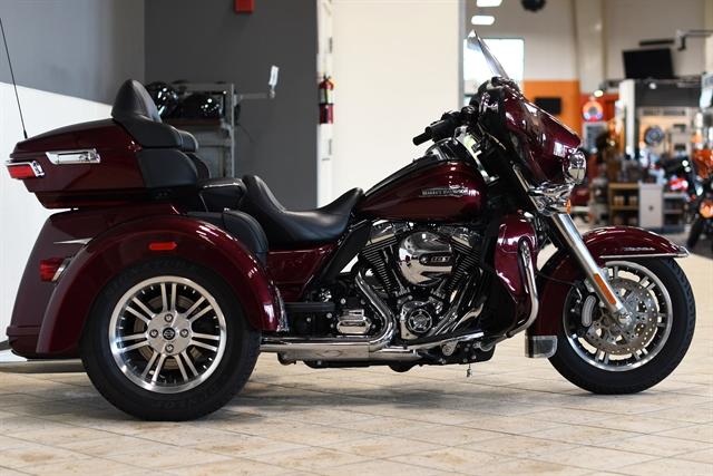 2015 Harley-Davidson Trike Tri Glide Ultra at Destination Harley-Davidson®, Tacoma, WA 98424