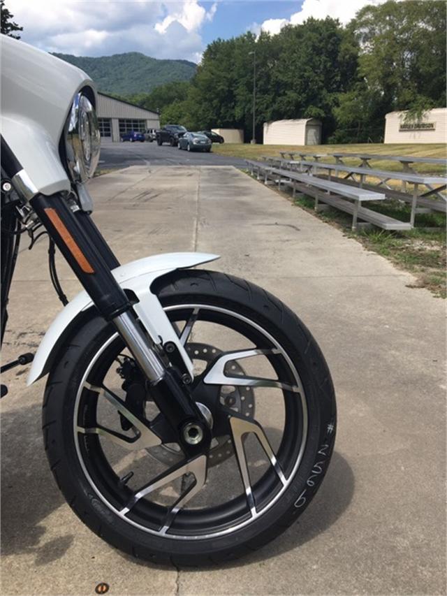 2021 Harley-Davidson Cruiser Sport Glide at Harley-Davidson of Asheville