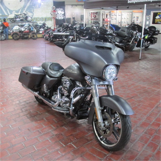 2016 Harley-Davidson Street Glide Special at Bumpus H-D of Memphis