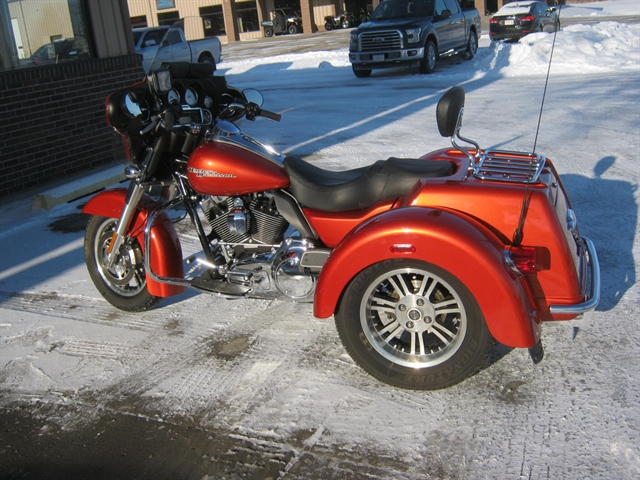 2011 Harley-Davidson Street Glide Trike FLHXXX at Brenny's Motorcycle Clinic, Bettendorf, IA 52722