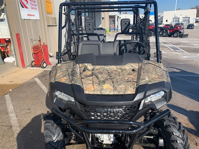 2020 Honda Pioneer 700-4 Deluxe at Mungenast Motorsports, St. Louis, MO 63123
