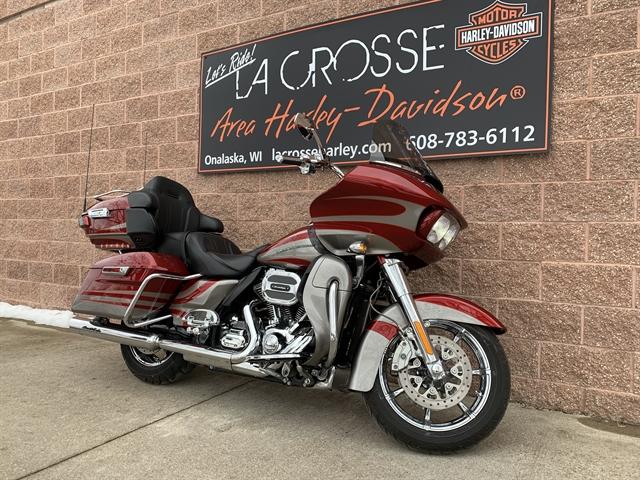 2016 Harley-Davidson Road Glide CVO Ultra at La Crosse Area Harley-Davidson, Onalaska, WI 54650