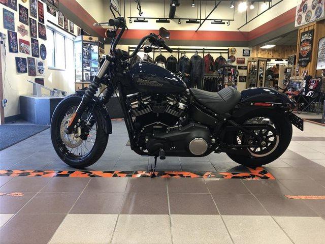 2019 Harley-Davidson Softail Street Bob at High Plains Harley-Davidson, Clovis, NM 88101
