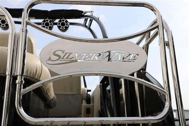 2021 Silver Wave SW5 JS 2410 at Jerry Whittle Boats