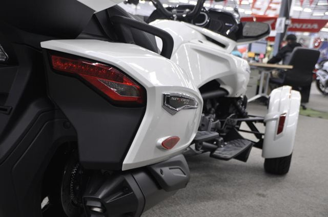 2018 Can-Am Spyder F3 Limited at Seminole PowerSports North, Eustis, FL 32726
