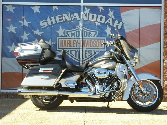 2013 Harley-Davidson FLHTCUSE8 - CVO Ultra Classic Electra Glide at Shenandoah Harley-Davidson®
