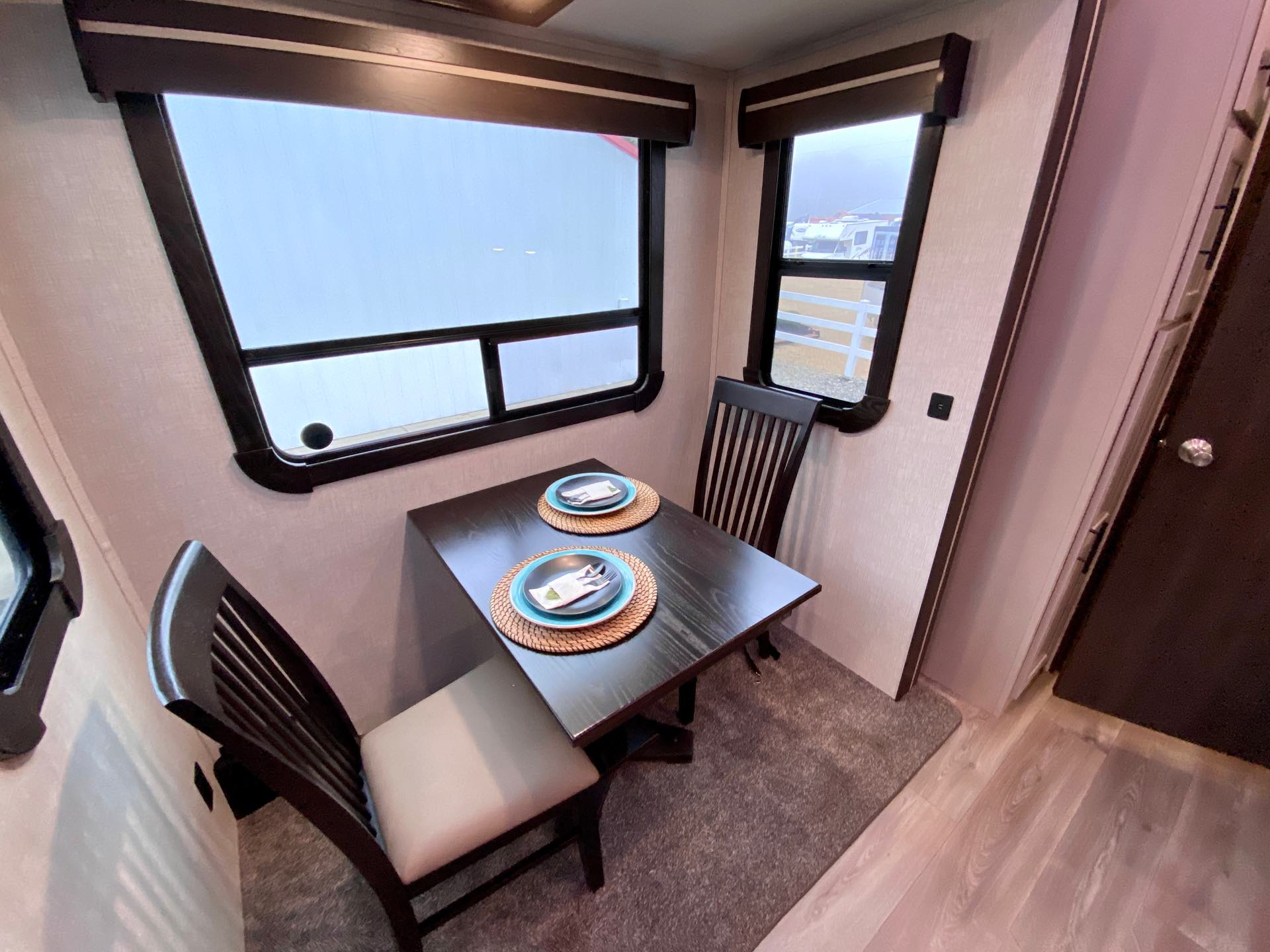 2021 CrossRoads Cruiser CR3841FL at Lee's Country RV