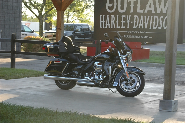 2015 Harley-Davidson Electra Glide Ultra Classic Low at Outlaw Harley-Davidson