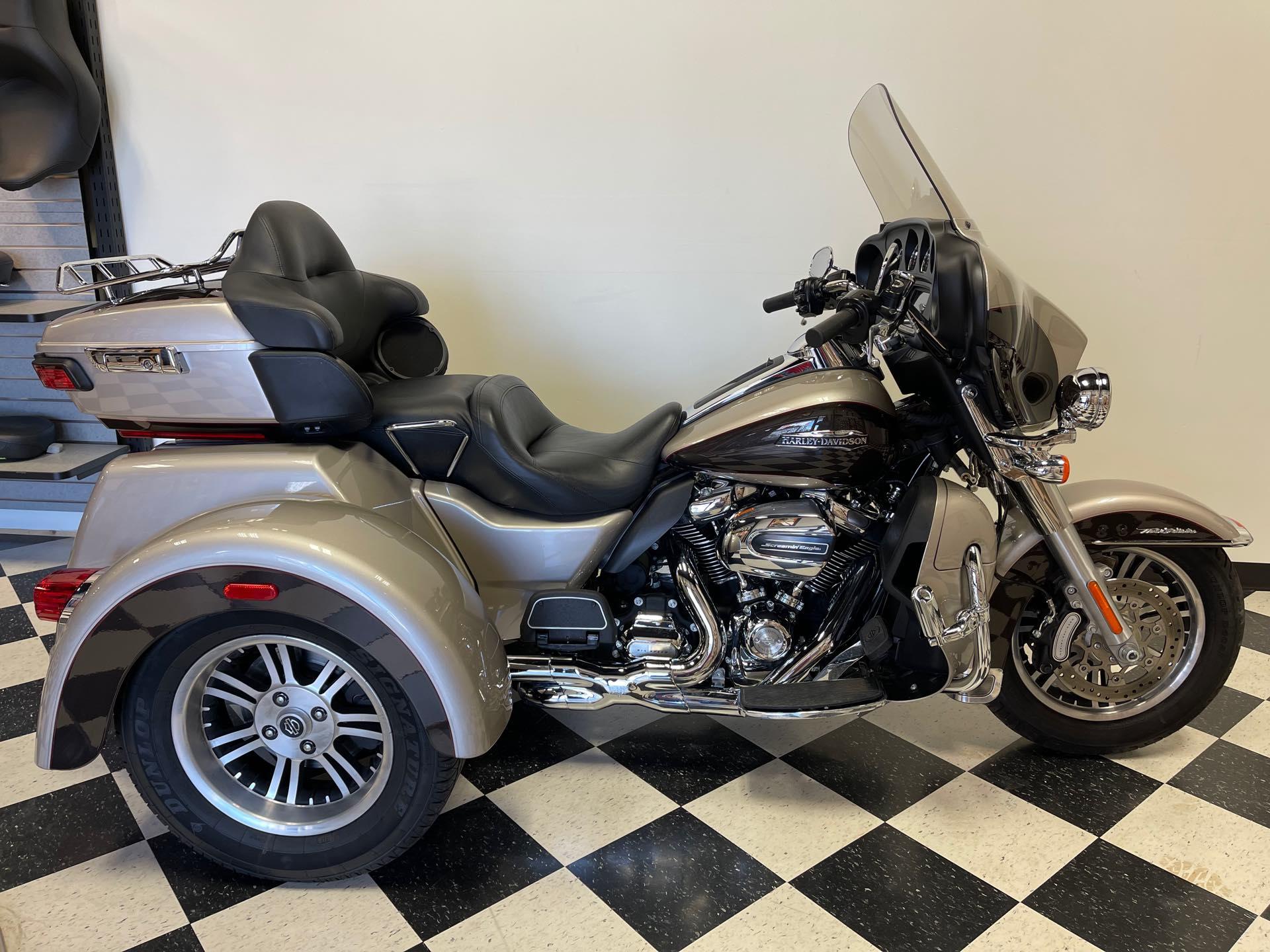 2018 Harley-Davidson Trike Tri Glide Ultra at Deluxe Harley Davidson
