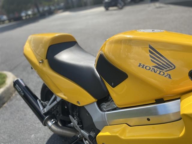2000 HONDA VFR80 at Southside Harley-Davidson