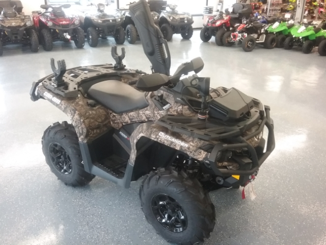 2017 Can-Am Outlander XT-P 1000R at Thornton's Motorcycle - Versailles, IN
